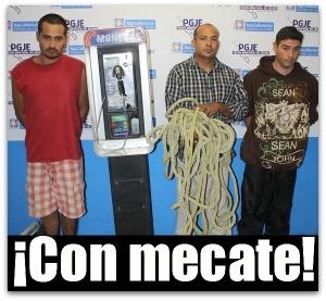 2 - 1 caseta telefonica Francisco_Javier_Moroyoqui_Ayala,_Cristofer_Luis_Betancur,_y_Jorge_Luis_Cervantes_Ahumada_IMG_3281