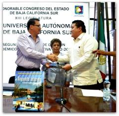 2 - 1 rector de la uabcs gustavo cruz segundo informe