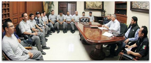2 - 1 cadetes policia de los cabos