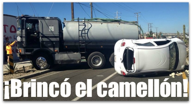 2 - 1 accidente frente a costco