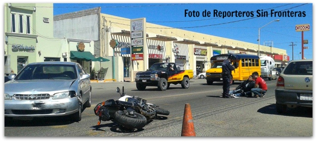 2 - 1 ACCIDENTE MOTOCICLETA CALLE MICHOACAN