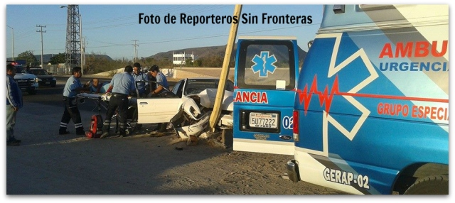 2 - 1 ACCIDENTE FRENTE GASOLINERA LA PAZ