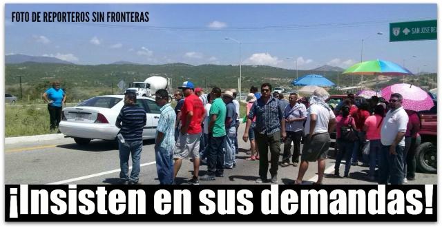 2 - 1 profesores bloqueo en el tule hoy
