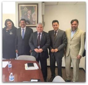 0 a a reunion alcalde y puppo en mexico
