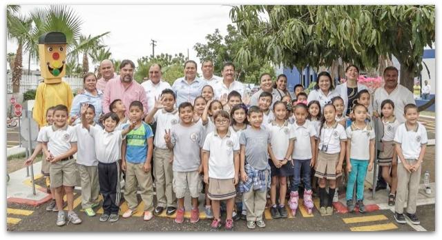 0 a semana de educacion vial alcalde martinez vega