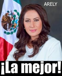 0-a-a-arely-arce-loreto-alcaldesa