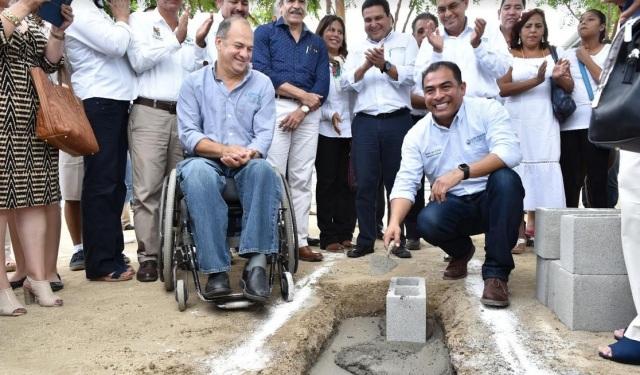 0-a-a-alcalde-arturo-centro-discapacidad