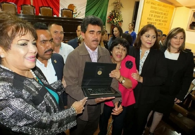0-a-a-a-premio-congreso-del-estado-paty