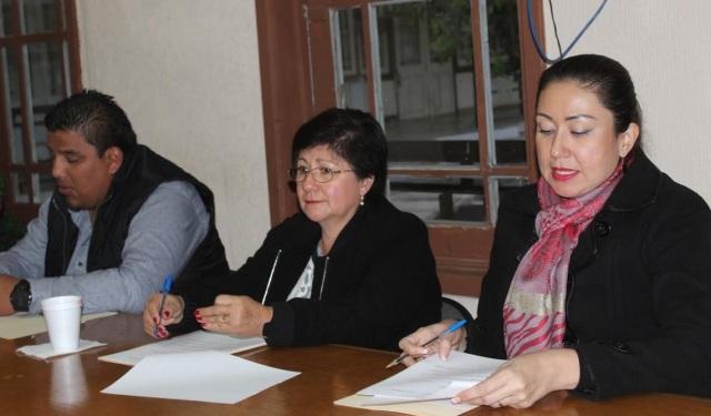 0-a-a-a-sesion-de-cabildo-alcaldesa-cecilia-y-ediht