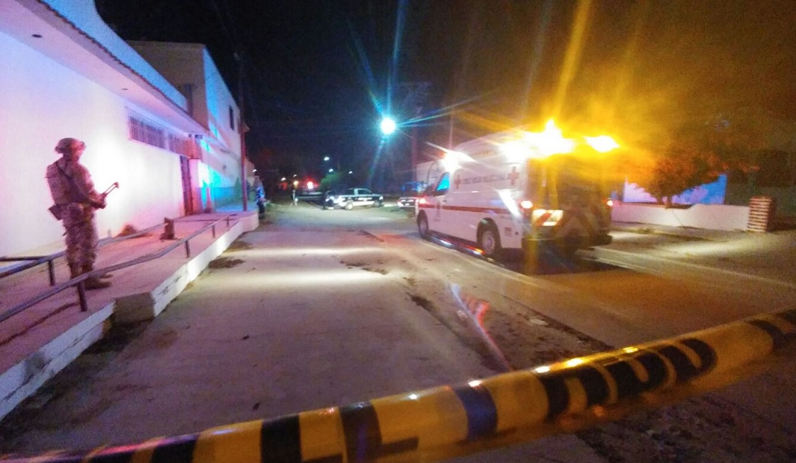 Hombres armados asesinan a una mujer en Los Cabos