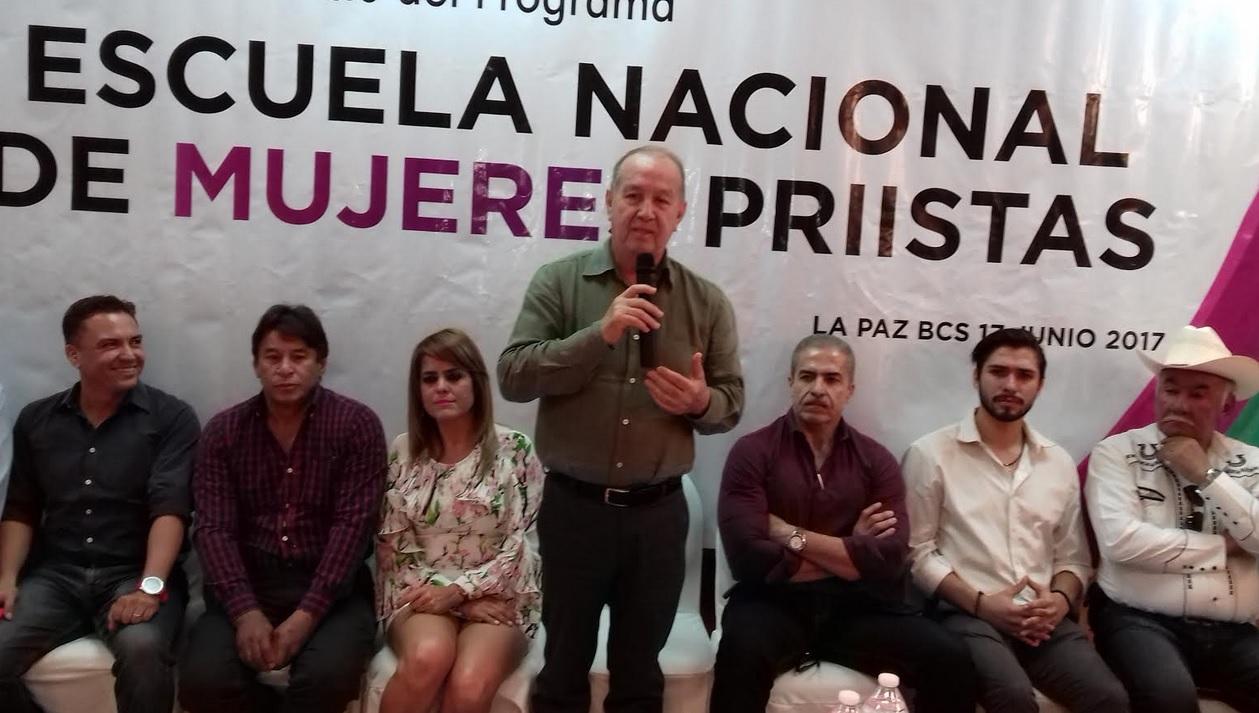 Primera sesión de la Escuela Nacional de Mujeres Priístas — PRI Sonora